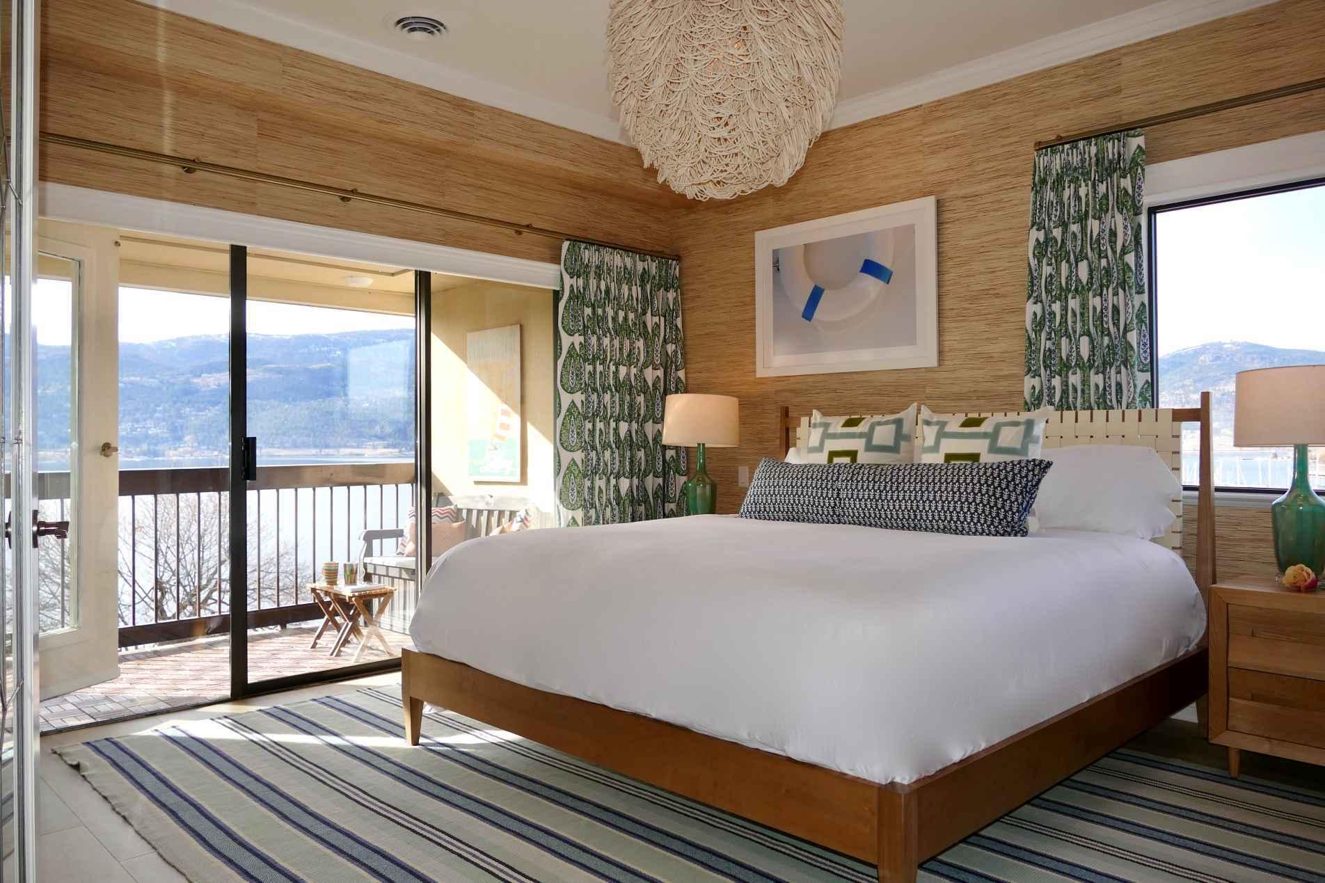 urban shores master bedroom downtown kelowna vacation rental